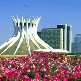 [Translate to Deutsch:] moderne kathedraal Brasilia Brazilia